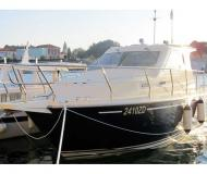 Motor yacht Vektor 950 for hire in Zadar