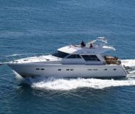 Motor boat Yaretti 1910 available for charter in Primosten