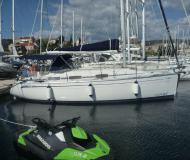 Sailing yacht Bavaria 30 Cruiser available for charter in Marina Mandalina