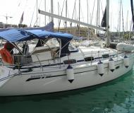 Segelyacht Bavaria 33 Cruiser Yachtcharter in ACI Marina Trogir