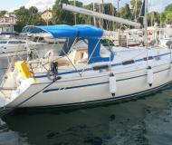 Sail boat Bavaria 34 available for charter in Zadar