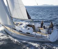 Yacht Bavaria 35 Cruiser available for charter in Saltsjoe Duvnaes