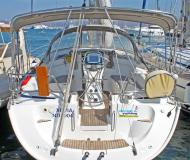 Sailing boat Bavaria 39 Cruiser for hire in Port Lavrio