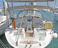 Sailing yacht Bavaria 39 Cruiser for rent in Port Lavrio