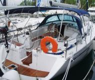Sail boat Bavaria 43 Cruiser available for charter in Preveza Marina