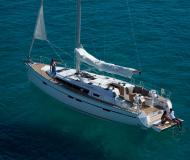 Yacht Bavaria 46 Cruiser available for charter in San Vincenzo