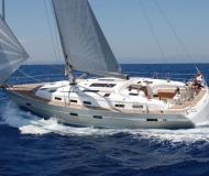 Yacht Bavaria 51 Cruiser available for charter in Marina di Portorosa