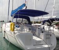 Yacht Cyclades 51.5 chartern in Marigot Bay Marina