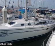 Yacht Catalina 357 for rent in Petcharat Marina