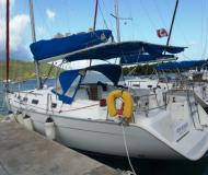 Sailing boat Cyclades 39.3 available for charter in Manuel Reef Marina