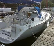 Sail boat Cyclades 39.3 for rent in Manuel Reef Marina