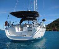 Sail boat Oceanis 43 for rent in Road Town