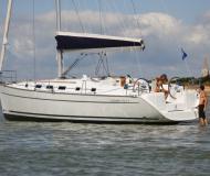 Segelyacht Cyclades 43.4 chartern in Marina Procida