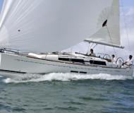 Yacht Dufour 380 Grand Large - Sailboat Charter Road Town