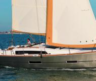 Yacht Dufour 382 Grand Large Yachtcharter in Port Vauban