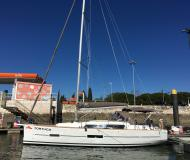 Yacht Dufour 382 Grand Large chartern in Arona