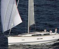 Sail boat Dufour 405 for charter in Port Pile