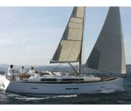 Sailing yacht Dufour 405 Grand Large for rent in Marti Marina