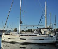 Segelboot Dufour 412 Yachtcharter in Portisco