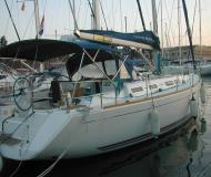 Sailing yacht Dufour 425 Grand Large for rent in Porto di Marina di Ragusa