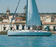 Yacht Dufour 455 for rent in Porto di Marina di Ragusa