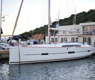 Yacht Dufour 460 Grand Large for rent in Marina di Portisco