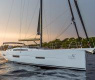 Yacht Dufour 56 Exclusive chartern in Antibes