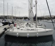 Yacht Elan 333 for rent in ACI marina Pula