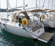 Sail boat Elan 35 Impression for rent in YC Marina
