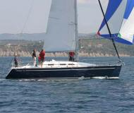 Yacht Elan 37 for rent in Vigo