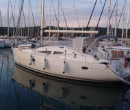Segelboot Elan 384 Impression chartern in ACI Marina Pula