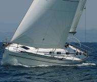 Segelyacht Elan 40 Yachtcharter in Genoa Hafen