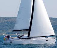 Segelyacht Elan 444 Impression Yachtcharter in YC Marina