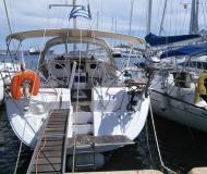Segelyacht Elan 444 Impression Yachtcharter in Yachthafen von Lavrio