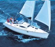 Sailing boat Feeling 32 for hire in Hyeres Harbour