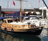 Yacht Gulet Yachtcharter in Marina Pirovac