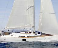 Sailing yacht Hanse 385 for hire in Antibes
