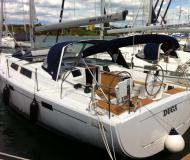 Sailing yacht Hanse 415 available for charter in Pomer