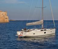Yacht Hanse 455 chartern in Marina Alimos Kalamaki