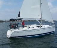 Sailing yacht Hunter 31 for rent in Vancouver