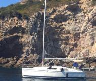 Yacht Hunter 31 available for charter in Marina di Punta Ala