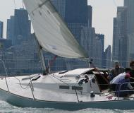Sailing yacht J 30 available for charter in Chicago
