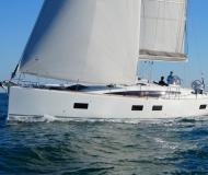 Yacht Jeanneau 54 for rent in Port Lavrio