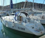 Sail boat Oceanis 311 Clipper available for charter in Marina di Punta Ala