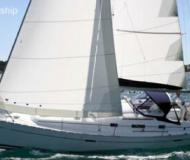 Sailing yacht Oceanis 34 for charter in Bay of Islands Marina