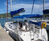 Sailing boat Oceanis 343 for rent in Manuel Reef Marina