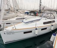 Sail boat Oceanis 35 available for charter in Marina Kornati