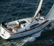 Sailing yacht Oceanis 40 for rent in Marina Skradin