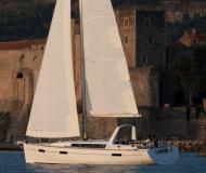 Yacht Oceanis 41 for rent in Propriano Marina