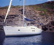Sailing boat Oceanis 423 for charter in Castiglione della Pescaia